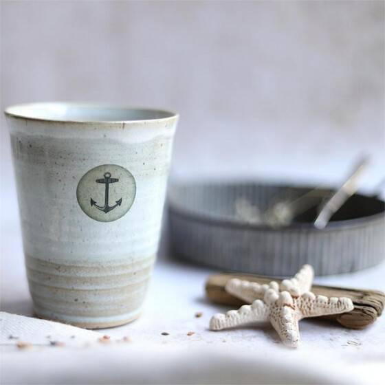 keramikbecher-maritim-beige-grau-anker