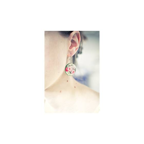 blumen-ohrringe-floraler-schmuck