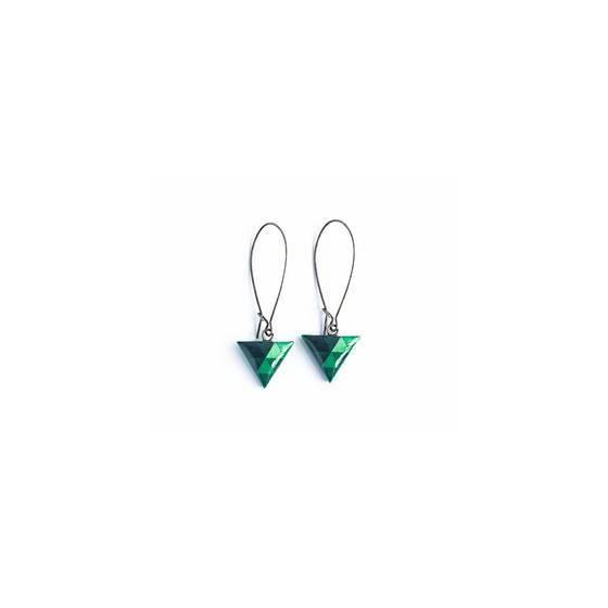 dreieck-smaragd-ohrringe-geometrischer-schmuck