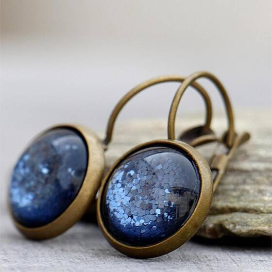 ohrringe-schimmernd-denim-blue-blau-polaris-cabochon-bronze-3