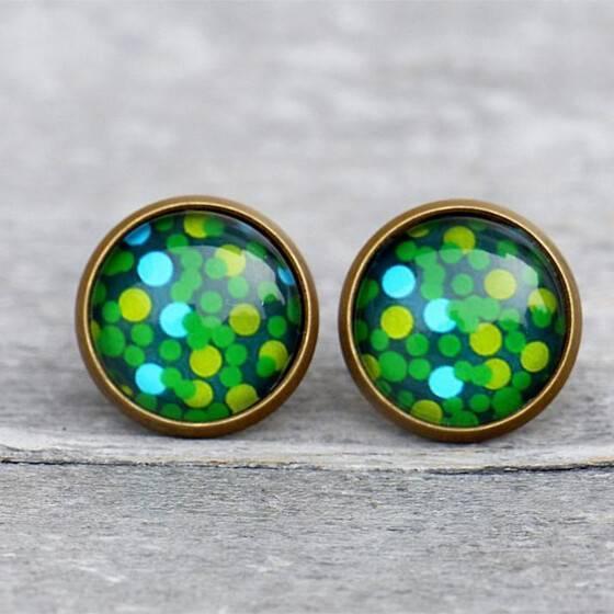 ohrstecker-gruen-greenery-dots-puenktchen-bronze-fassung