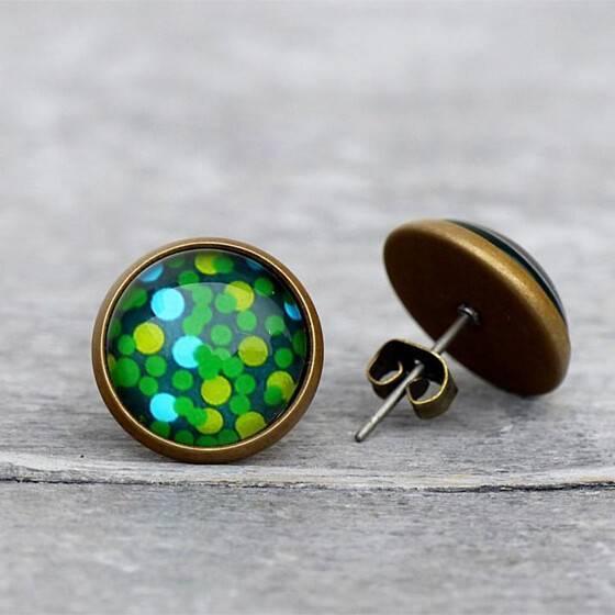 ohrstecker-gruen-greenery-dots-puenktchen-bronze-fassung-3