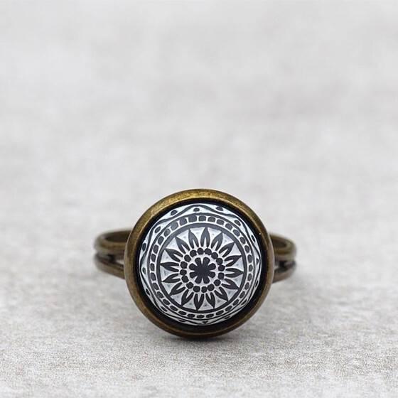 orientalischer-schmuck-ring-marokko-grau-relief-stein-arabisch-3