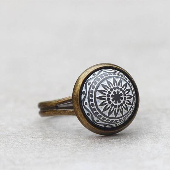 orientalischer-schmuck-ring-marokko-grau-relief-stein-arabisch-2