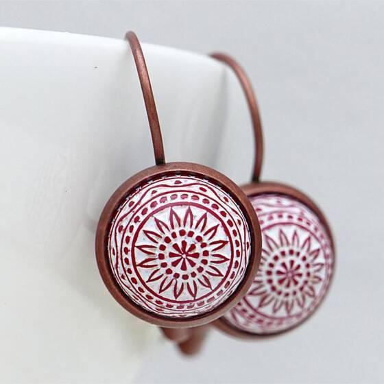 ohrringe-marokko-rot-relief-stein-kupfer-fassung-orientalischer-schmuck-arabisch