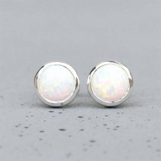 opal-ohrstecker-925er-silber-mit-weisen-opal
