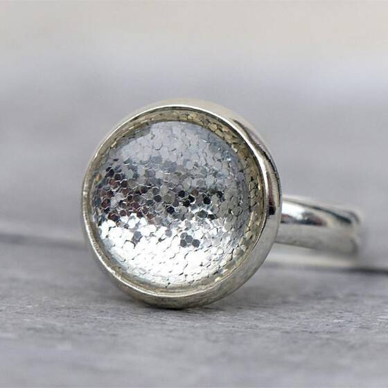 groessenverstellbar-ring-shiny-silver-festlicher-ring-leuchtend