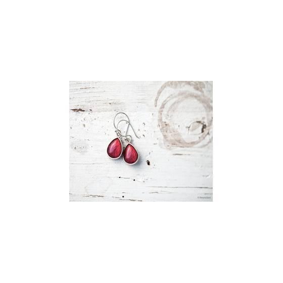zarte-ohrringe-mit-rosenblattabdruck