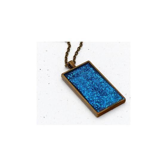 kette-mit-marineblauen-glitter