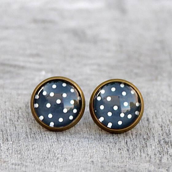 ohrstecker-polka-dots-vintage-dots-dunkelblau-weisse-puenktchen-exklusiver-modeschmuck