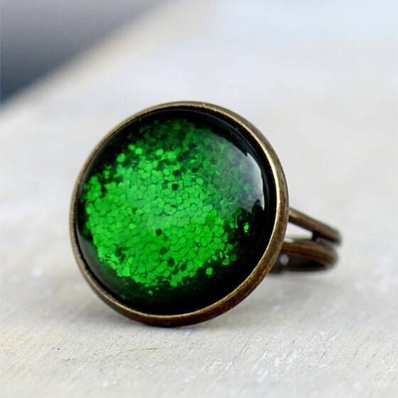 ring-moosgruen-schillernd-schimmernd-glitzer-effekt-glitter