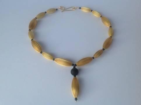 tombak-collier-mit-onyx